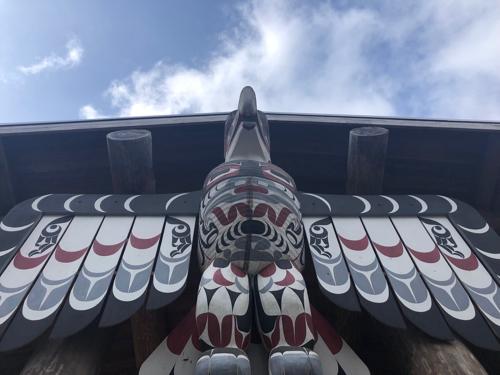 Eagle totem