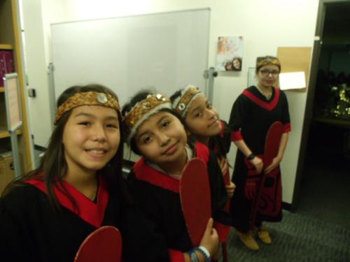 WaHeLut dancers